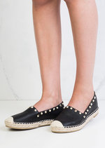 Pearl Studded Espadrilles Pumps Black