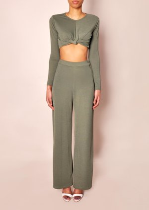 data/2015-/MARCH/Leonna Green Co Ord front.jpg