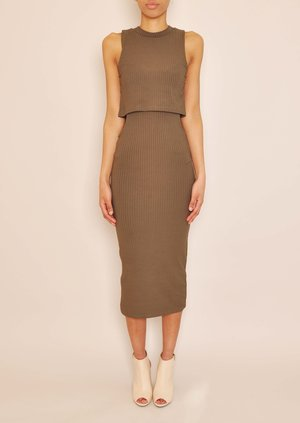 data/2015-/April/Odessa Khaki cut out body con.jpg