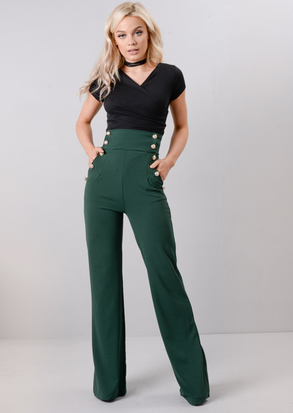 These are my FAVORITE style of jeans -V Hudson high-waist, wide-leg trouser jeans. Find this Pin and more on Stylishosity by Kathleen Carreiro. Need a good trouser style Jean for dress down at the office Hudson high-waist, wide-leg trouser jeans Hudson high-waist, wide-legtrouser jeans (got a pair very similar in a smaller size.