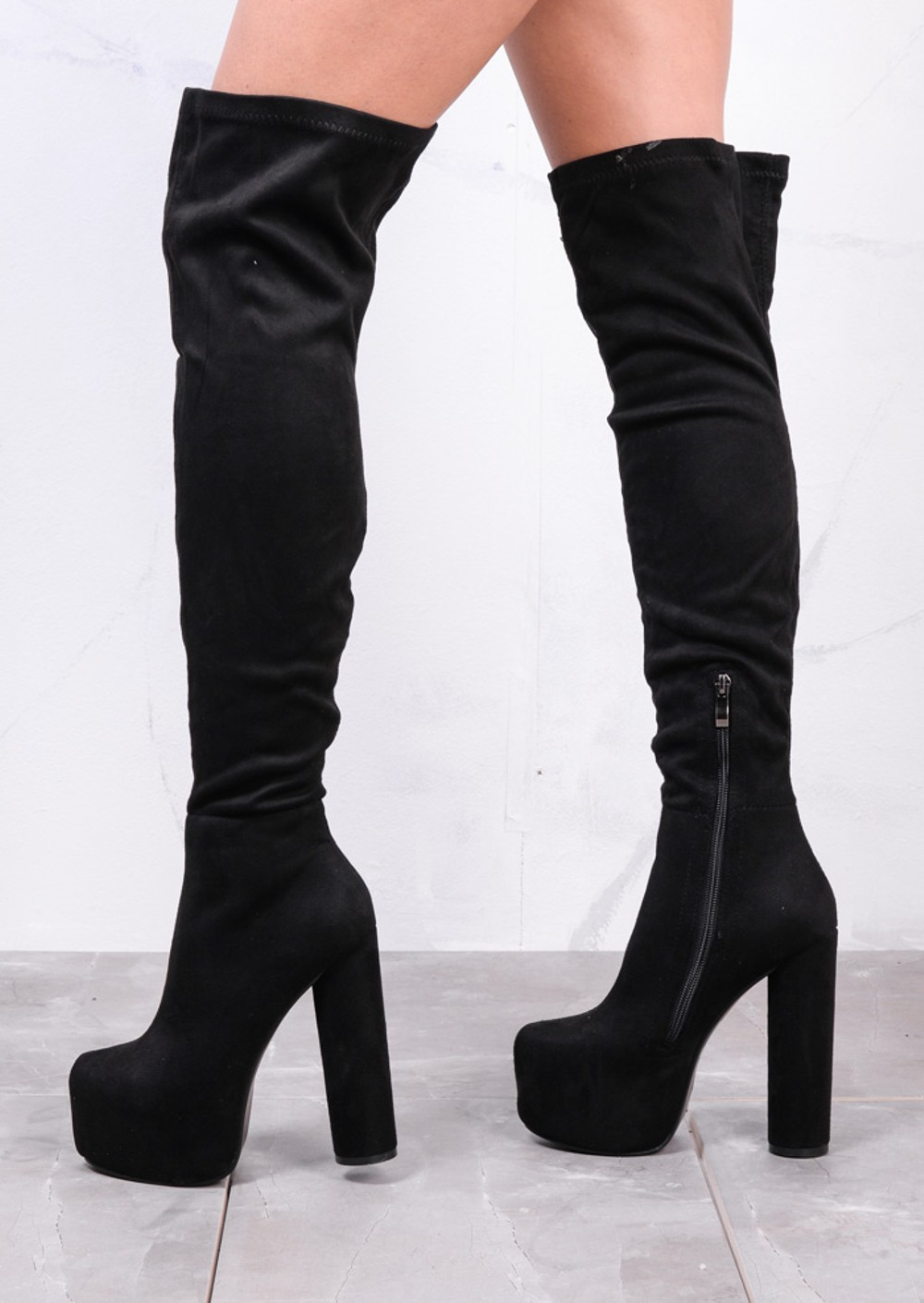 Shop our wide range of knee high boots at Debenhams in a variety of colours and styles. Menu Over the knee boots (21) Shoe boots (34) Lace up boots () Walking Extra wide fit black bow wedge long boots Save. Was £ Now £ Joe Browns Black 'Stylish Signature' high block heel knee high boots.