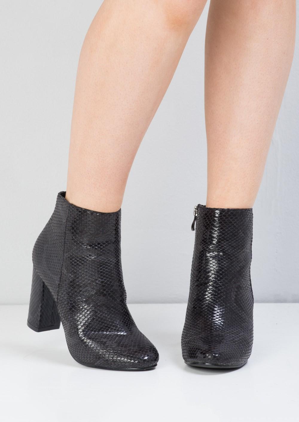 Retro Black Buckle Snake Skin Look Platform Stiletto Ankle Bootie BootLF80852