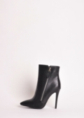Aya ankle boots in black