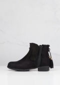 Chelsea Ankle Boots With Tassel Black