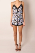 data/December/floral-playsuit-1.jpg