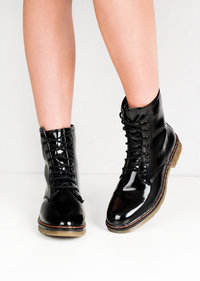 Lace Up Patent Eyelet Boots Black