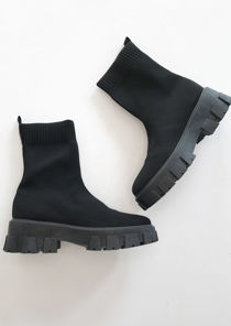 Chunky Cleated Rib Knit Hemed Sock Ankle Boots Black