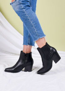 Pointed Toe Block Heel Western Ankle Boots Black