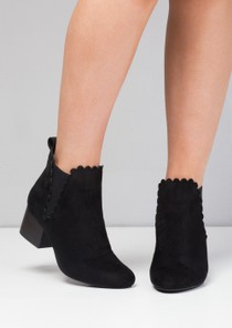 Scallop Trim Block Heel Faux Suede Ankle Boots Black