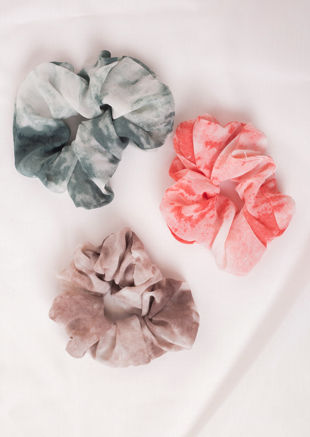 Oversized Scrunchie Hair Tie Tie Dye Beige
