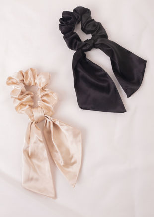 Oversized Satin Ruched Bow Scrunchie Hair Tie Black
