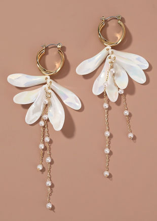 Petal Shaped Embellished Mother Pearl Chained Earrings Gold