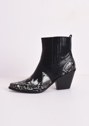 Pointed Snake Print Western Cowboy Block Mid Heeled Ankle Boots Black