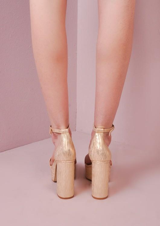 b479157342c3 70 s Chunky Heel Platform Shoes Gold