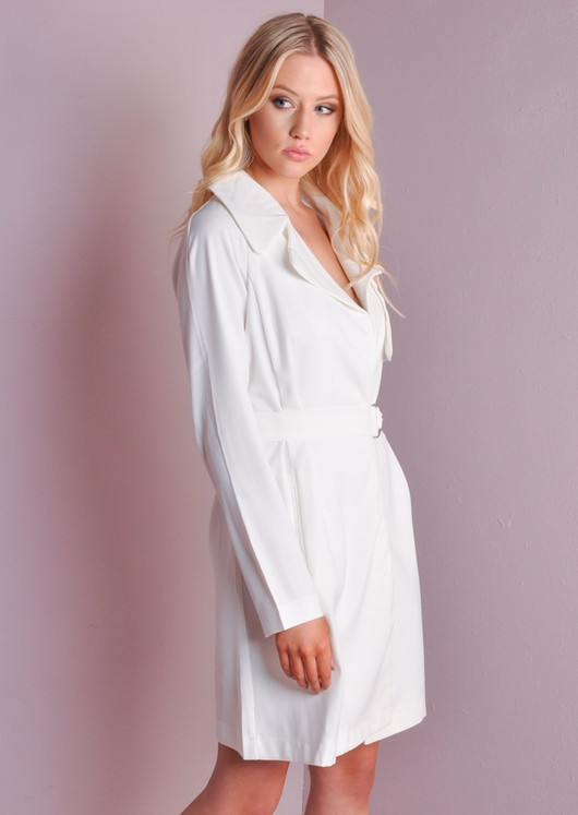 D-Ring Belted Trenchcoat White
