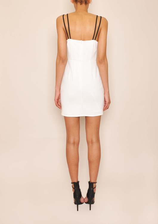 data/2015-/May/Dakota White Dress Back.jpg
