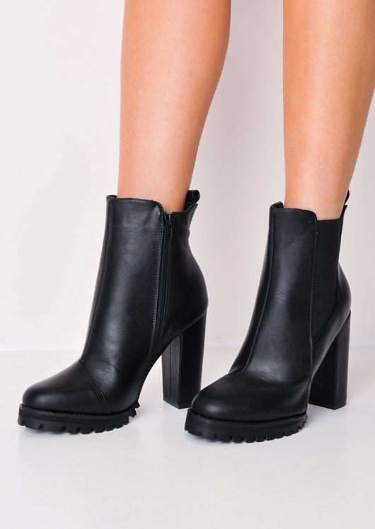 Cleated Sole Chunky Block Heel Chelsea Boots Black