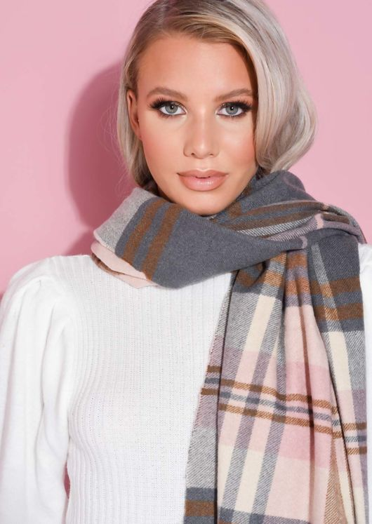 Checked Cashmere Scarf With Pom Pom Pink