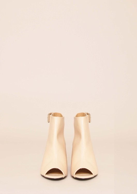 data/2015-/April/bella peep toe nude front.jpg