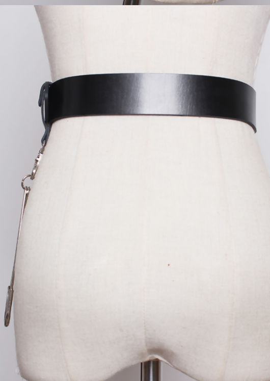 Chunky Leather Metal Pin Detail Belt Black