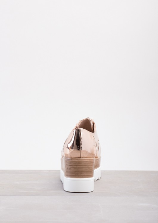 Cleated Wood Flatform Star Pumps In Metallic Rose Gold