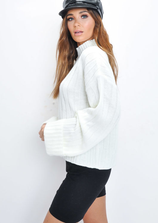 Cropped Knitted Turtleneck Jumper White