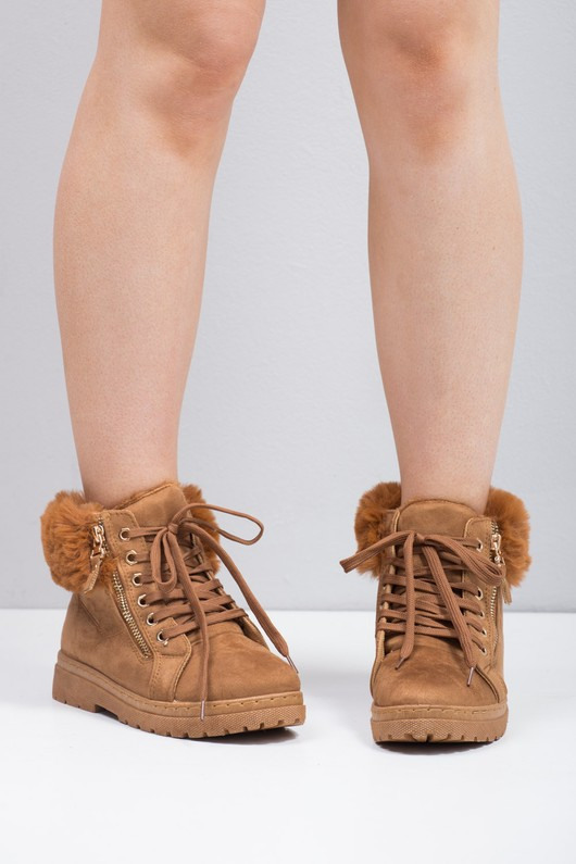 Faux Fur Trim Lace Up Chukka Ankle Boot Camel