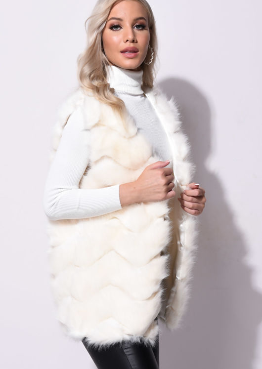 Faux Fur With Inserted Knit Panels Gilet Beige