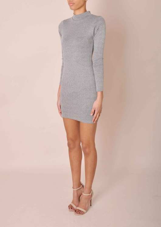 data/2015-/grey-dress-side.jpg