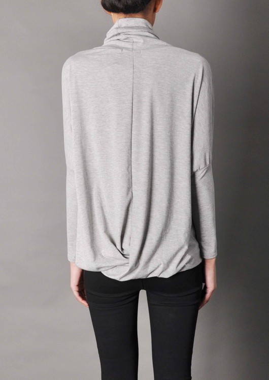data/2015-/grey-top-back.jpg