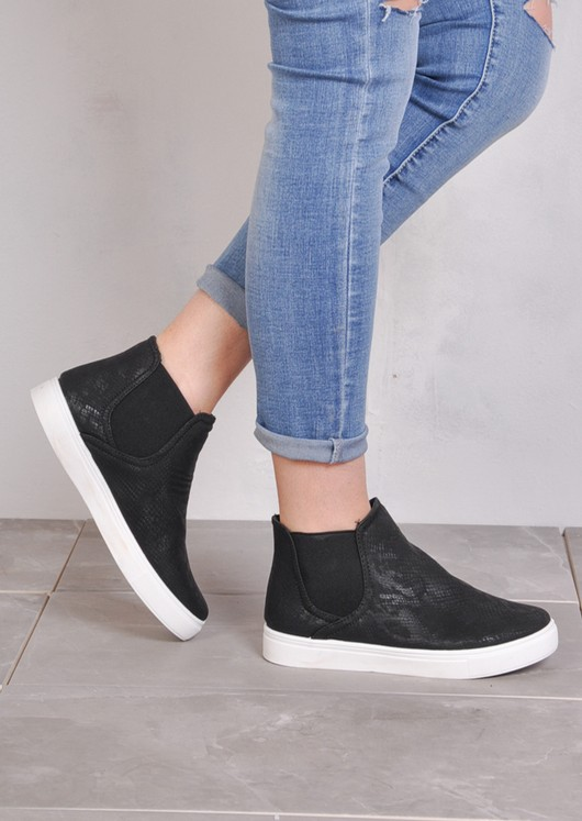 Hi Top Slip On Sneaker Plimsolls Snake Skin Print Black