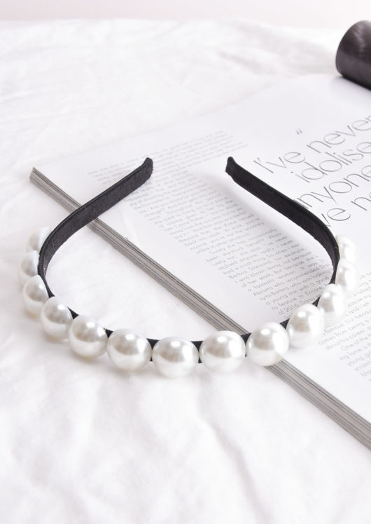Large Pearls Headband White