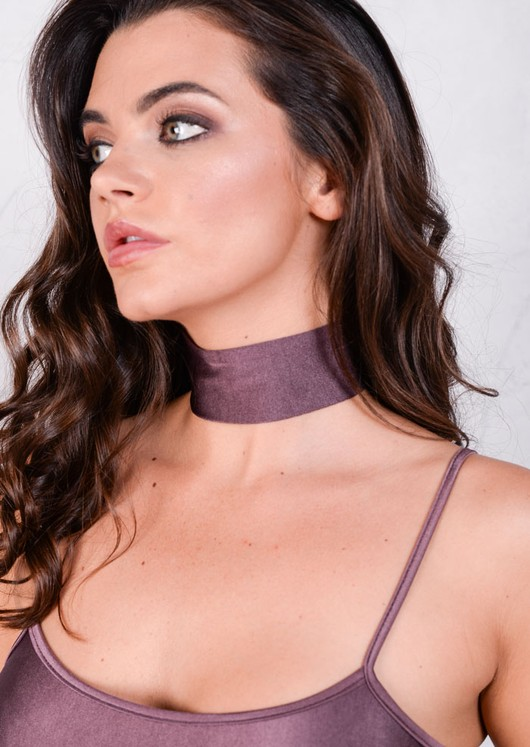 Lightweight Metallic Choker Purple