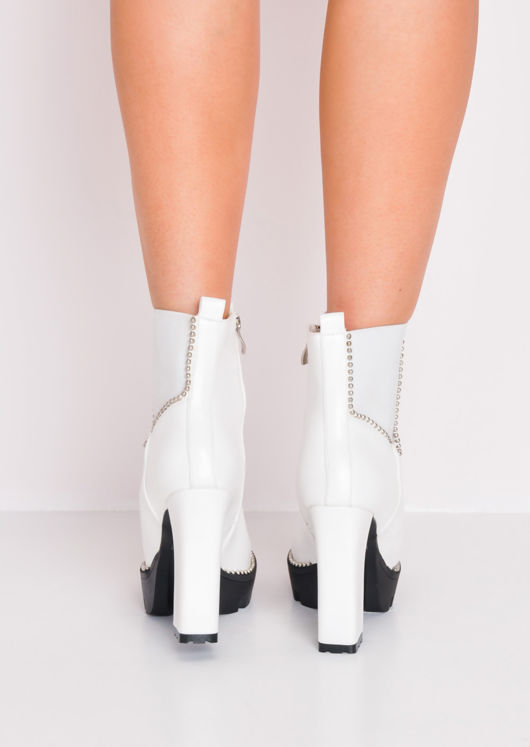 Studded Heeled Chelsea Ankle Boots White