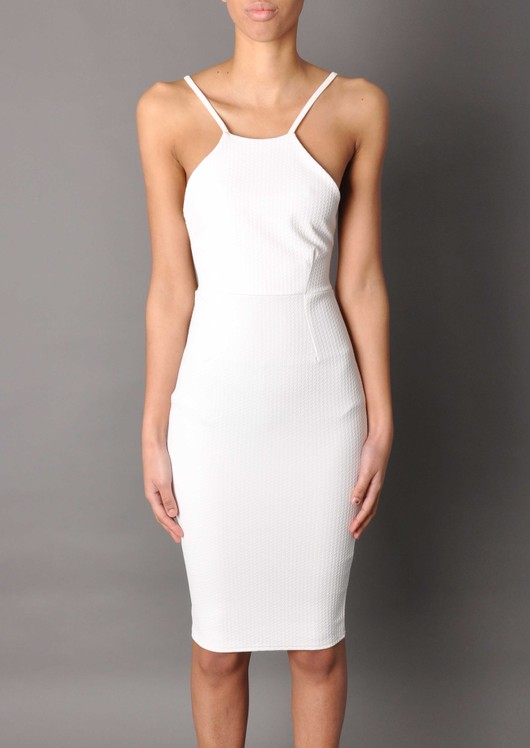 data/2015-/white-dress.jpg